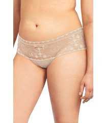 women's chantelle daylight hipster panties, size medium - beige