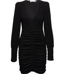 chaiagz slim dress ye20 knälång klänning svart gestuz