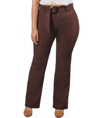 pantalón adrissa plus elastomero con cinturon y cintura alta cafe oscuro