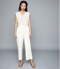 reiss chris - v-neck sleeveless t-shirt in neutral, womens, size xxl