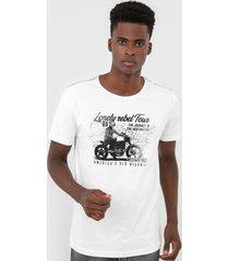 camiseta polo wear estampada branca