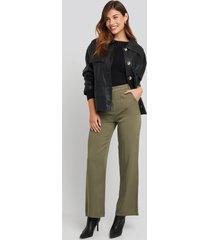 na-kd big pocket flowy pants - green