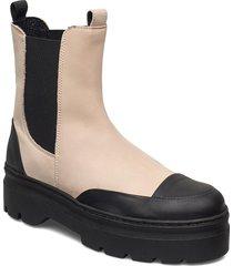 viola rubber nubuck shoes chelsea boots rosa pavement