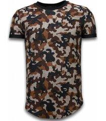 camouflaged fashionable t-shirt