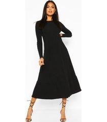 zachte geribbelde midaxi jurk met laagjes, zwart