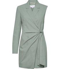 asymmetric wrap-style blazer-dress kort klänning grön designers, remix