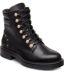pearley shoes boots ankle boots ankle boots with heel svart dune london