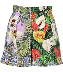 dolce & gabbana jungle print pleated shorts