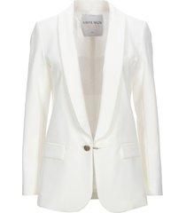 alberta tanzini suit jackets