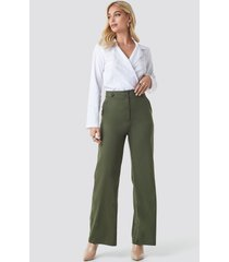 na-kd trend highwaisted wide leg pants - green
