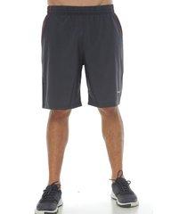 pantaloneta básica color gris oscuro para hombre