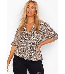plus luipaardprint wikkel blouse met franjemouwen, tan