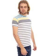 camiseta aleatory listrada hang masculina
