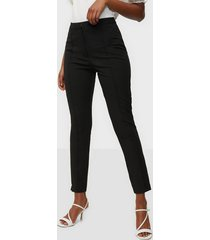 selected femme slfilue mw pintuck pant noos byxor