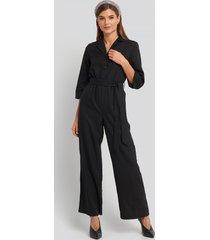 na-kd wide leg buttoned jumpsuit - black