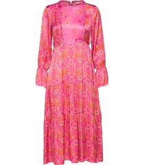 my kind of beautiful dress knälång klänning rosa odd molly