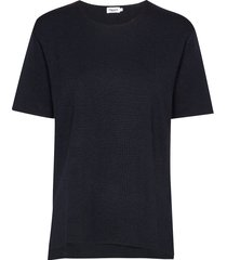 rose t-shirt t-shirts & tops knitted t-shirts/tops blauw filippa k