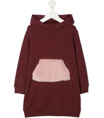 il gufo faux-fur pocket hoodie dress - red
