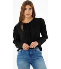 camisa de mujer, cuello redondo, manga larga de silueta fluida, color negro.