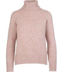 pink woman derby iside sweater