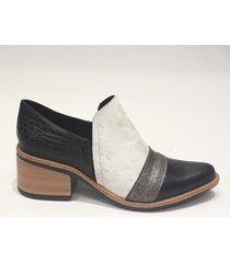 zapato negro bettona curitiva
