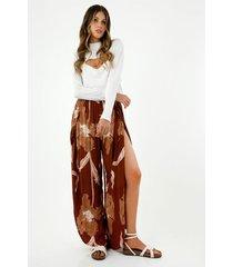 pantalón de mujer, silueta amplia de tiro alto con estampado maxi floral