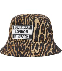 burberry reversible leopard print bucket hat - neutrals