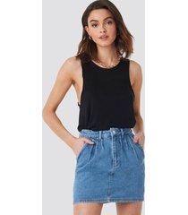 na-kd trend front pleat short denim skirt - blue