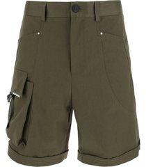 les hommes cargo bermuda shorts