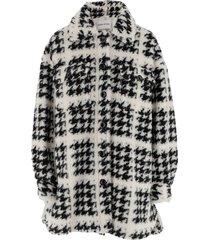 cuttoned coat