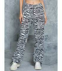 yoins pantalones blancos con diseño de cadena frontal con cremallera de cebra