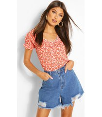ditsy print ruffle detail top, red