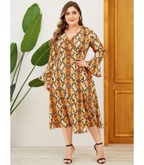 vestido largo con cuello en v y diseño de abrigo naranja de yoins plus size