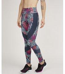 calça feminina legging esportiva ace estampada de folhagem com recortes chumbo