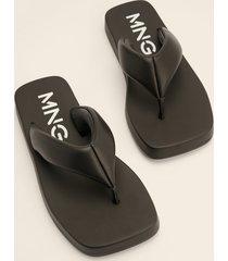 mango grov flip-flop - black