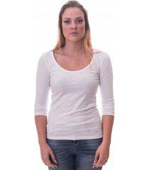 alan red women t-shirt romy white ( art 1092)