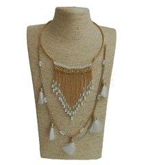 collar dorad fleco blanco