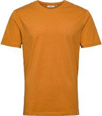 luka t-shirts short-sleeved orange minimum
