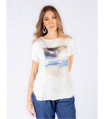 camiseta adrissa estampado paisaje acuarela