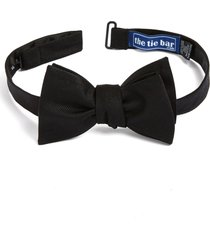 men's the tie bar silk solid bow tie, size one size - black