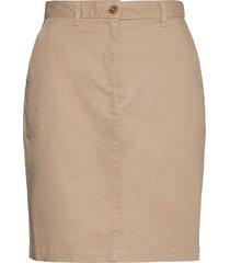 d1. classic chino skirt knälång kjol beige gant