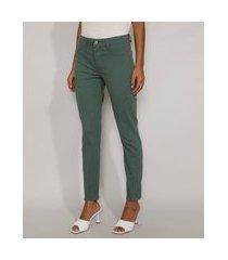 calça de sarja feminina cigarrete cintura média verde