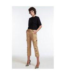 calça slim em tecido de algodão com bolsos e recortes caqui marrom ouro - 40