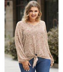 blusa de manga larga con cuello en v y lunares de talla grande diseño