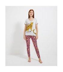 pijama com blusa manga curta e calça em viscolycra estampada onça | lov | cinza | g