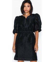 object collectors item objganza l/s dress a wi loose fit dresses