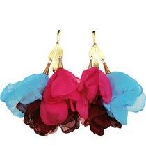 kolorowe długie kolczyki z szyfonowych kwiatów
