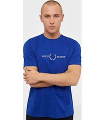 fred perry graphic t-shirt t-shirts & linnen cobalt