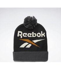 muts reebok classic classics winter escape beanie