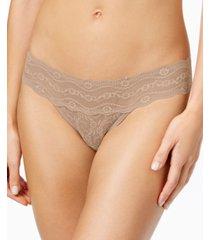 b.tempt'd by wacoal lace kiss thong underwear 970182